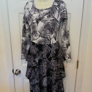 LuLaRoe Georgia tiered dress